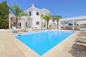 Villa Mia — Luxury villa for rent in Paphos