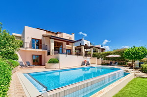 Barton Villa — Luxury villa for rent in Aphrodite Hills