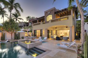 Del Mar — Luxury villa for rent in Coral Bay