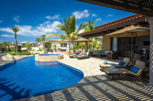 Villa Campari — Luxury villa for rent in Coral Bay