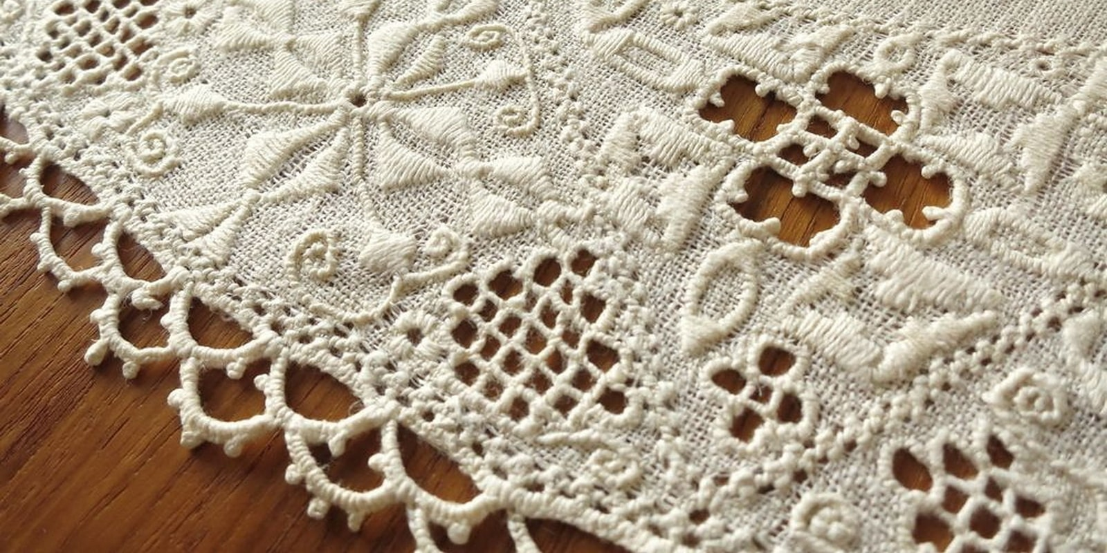 Handmade embroidery Lefkaritika in Cyprus
